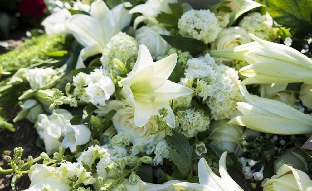 Vakre og unike blomster til begravelse og kondolanse