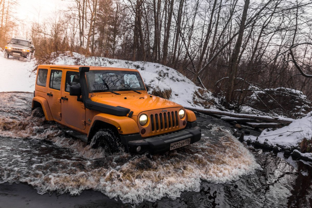 Jeepaholic Essential List To Bring When Off Roading