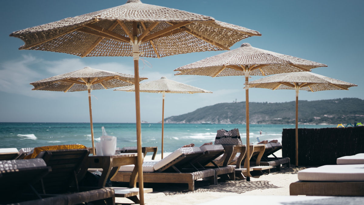 Embrace the buffet of life: Get vacation-ready this summer!