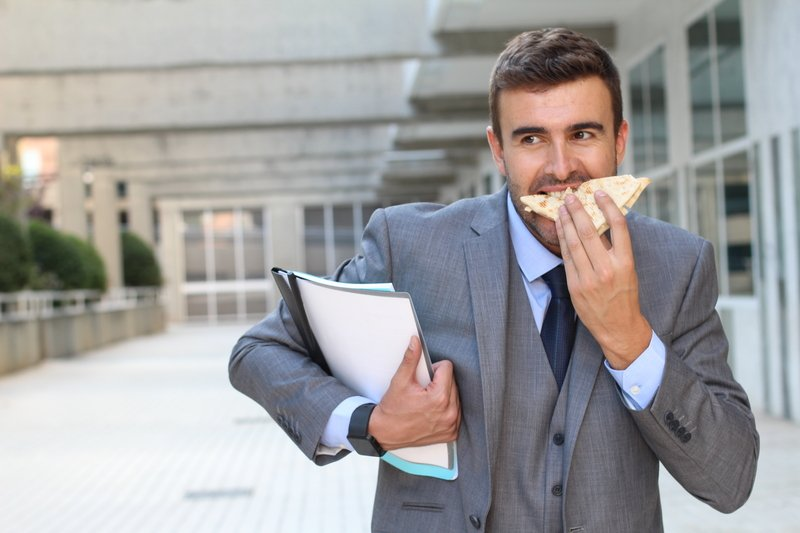 Eating on the Run: How To Make it Cheap, Fast, Easy & Nutritious