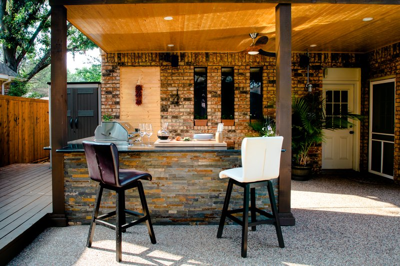 Prep Your Outdoor Kitchen For Autumn:  5 Tips For Getting It Done (& Making It Fun)