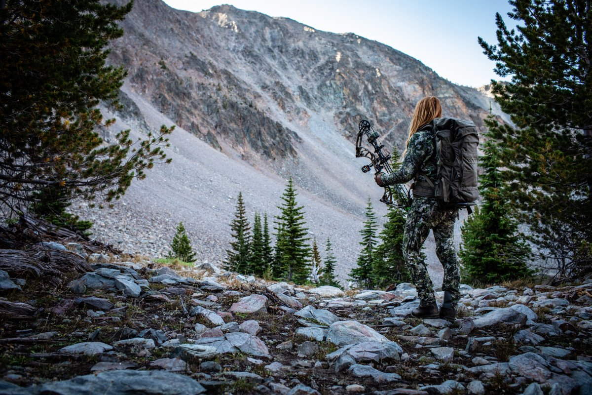 Bow Hunting Gear, Game, and Safety for Beginners