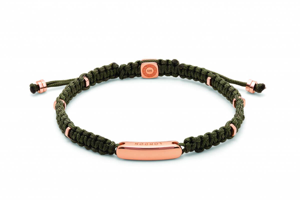 Green macramé bracelet with rose gold baton