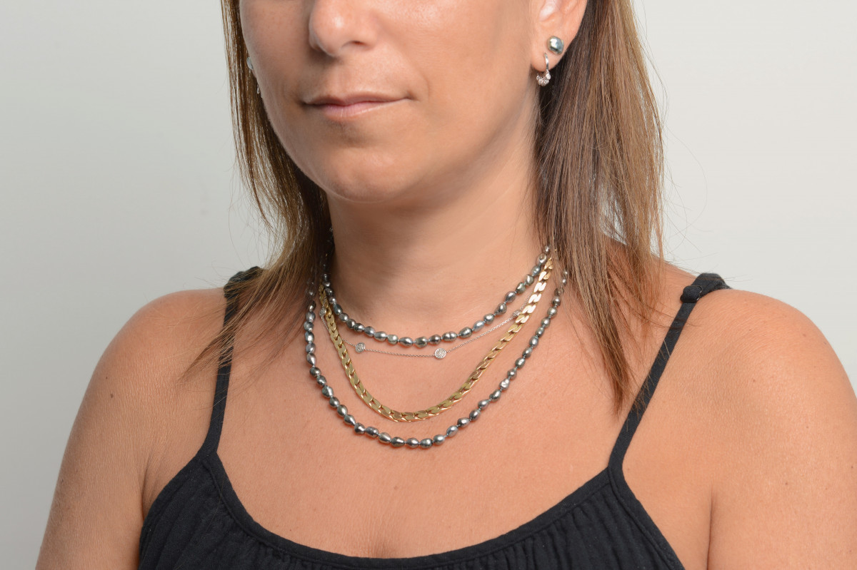 how to style Tahitian pearl jewelry