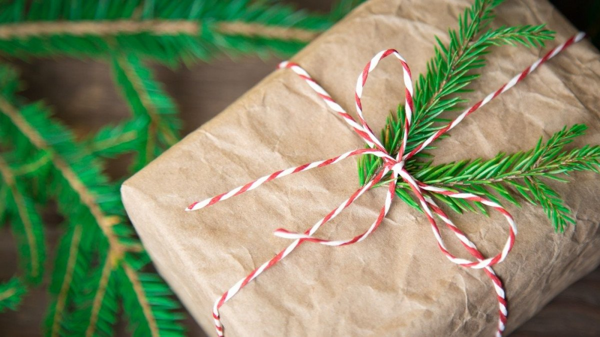 3 Eco-Friendly Christmas Traditions to Try this Year