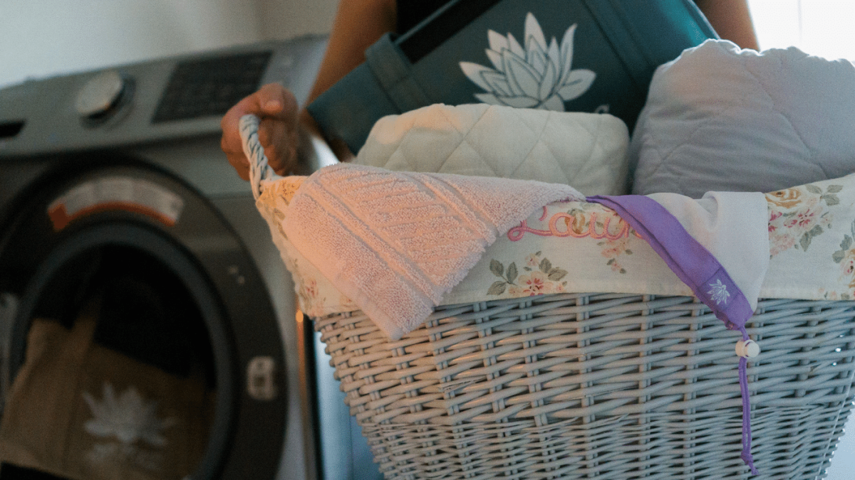How to Wash Your Lotus Trolley Bag