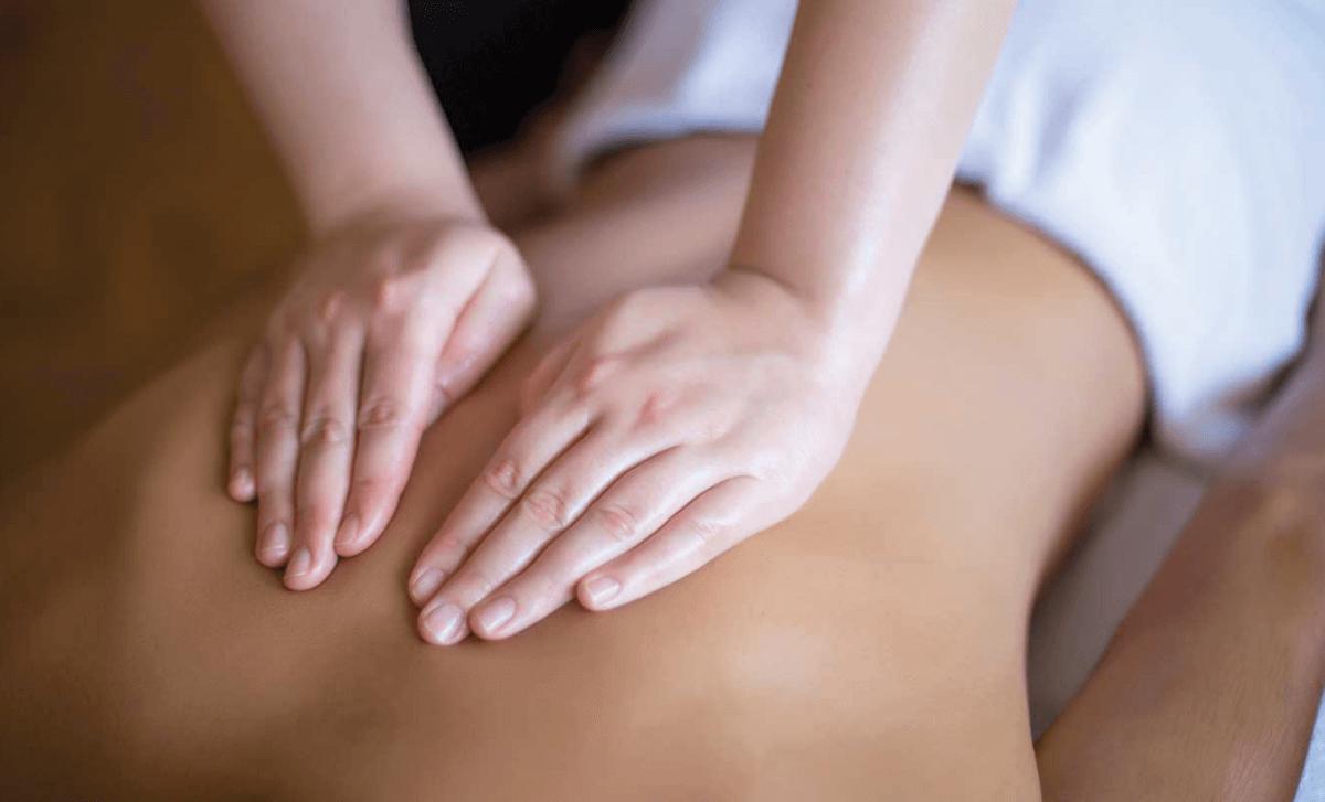 Lomi Lomi Massage Benefits