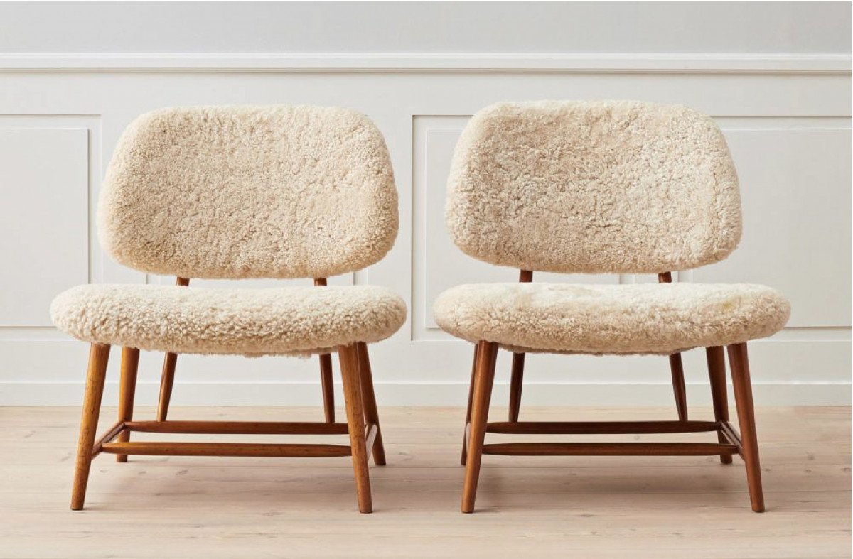 Florence Knoll furniture and Bouclé. The chair warming our homes.