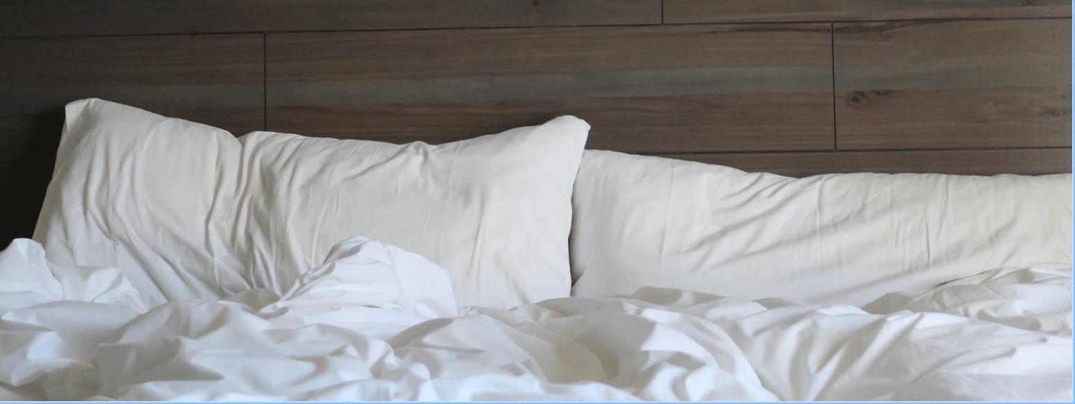 Best Pillowcase Materials for Healthy Hair