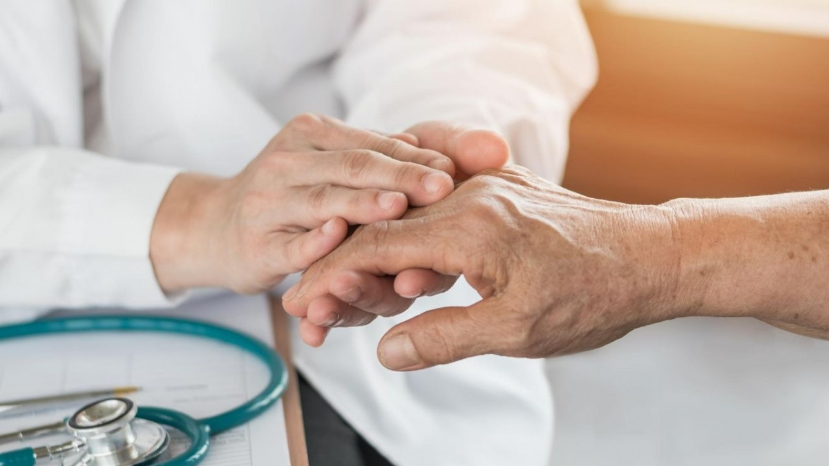 When to get help for hand or wrist pain