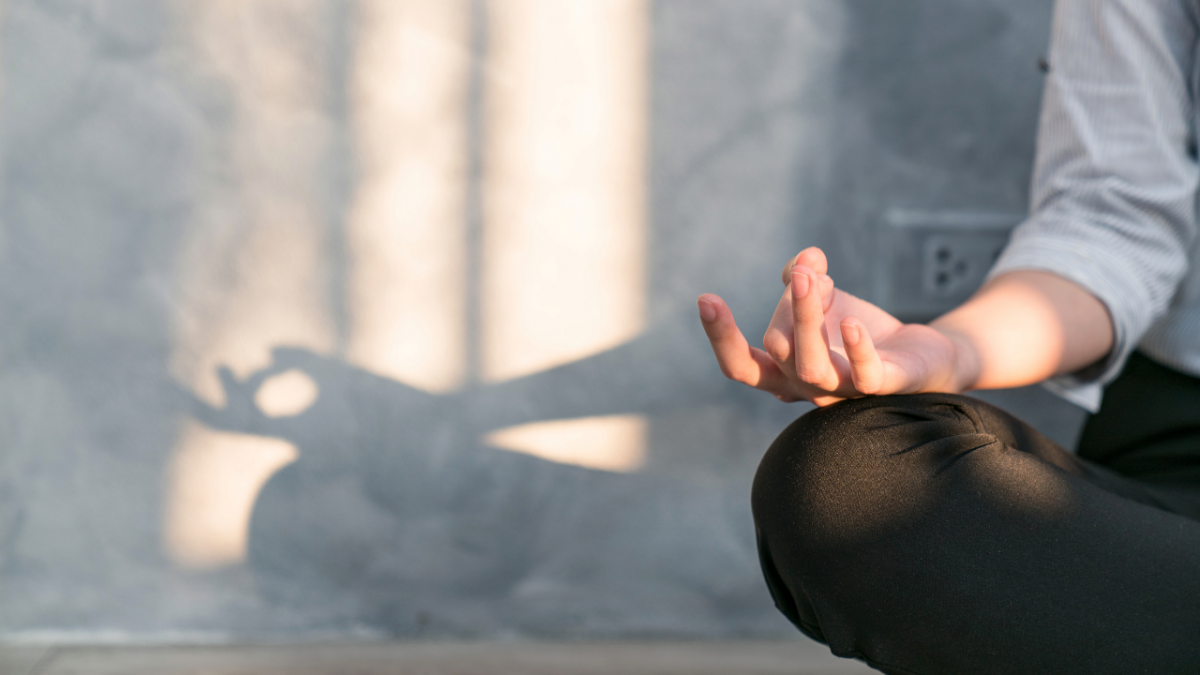 How to try meditation for chronic pain