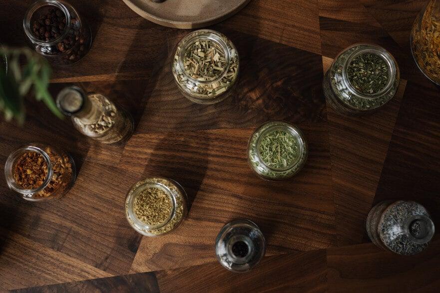 Herbs for Hormonal Balance: Raspberry leaf benefits