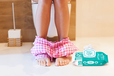 Flushable Wet Wipes vs. Toilet Paper: Which is Better?