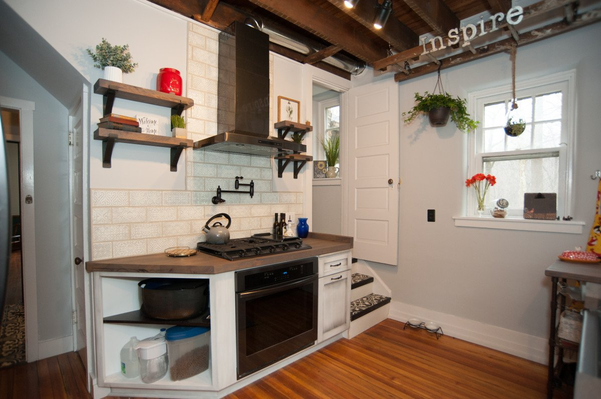 What you Need to Know When Selecting Wood Countertops