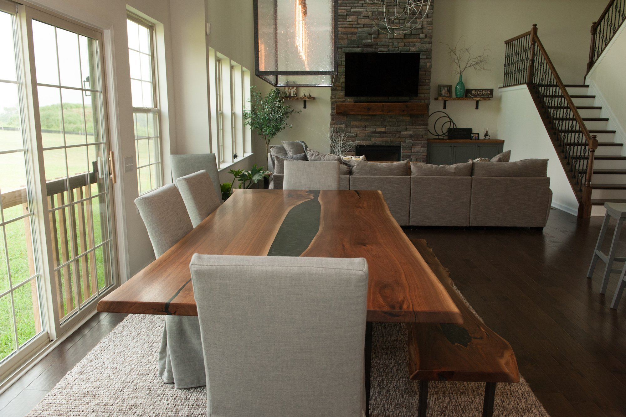 Dining Table Guide: Sizing Your Dream Table