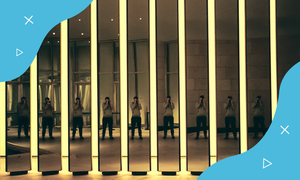 Blog Image 2 Hand phone