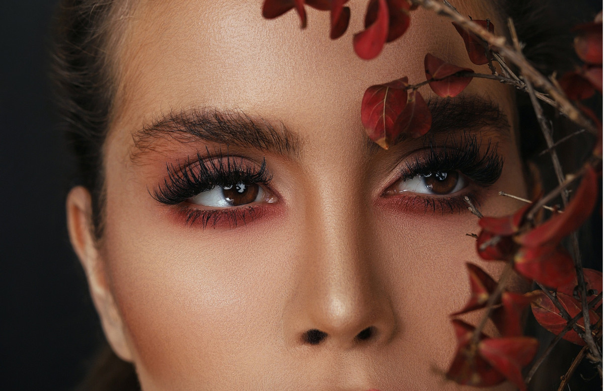 How to Pick the Right Makeup for Different Eye Shapes