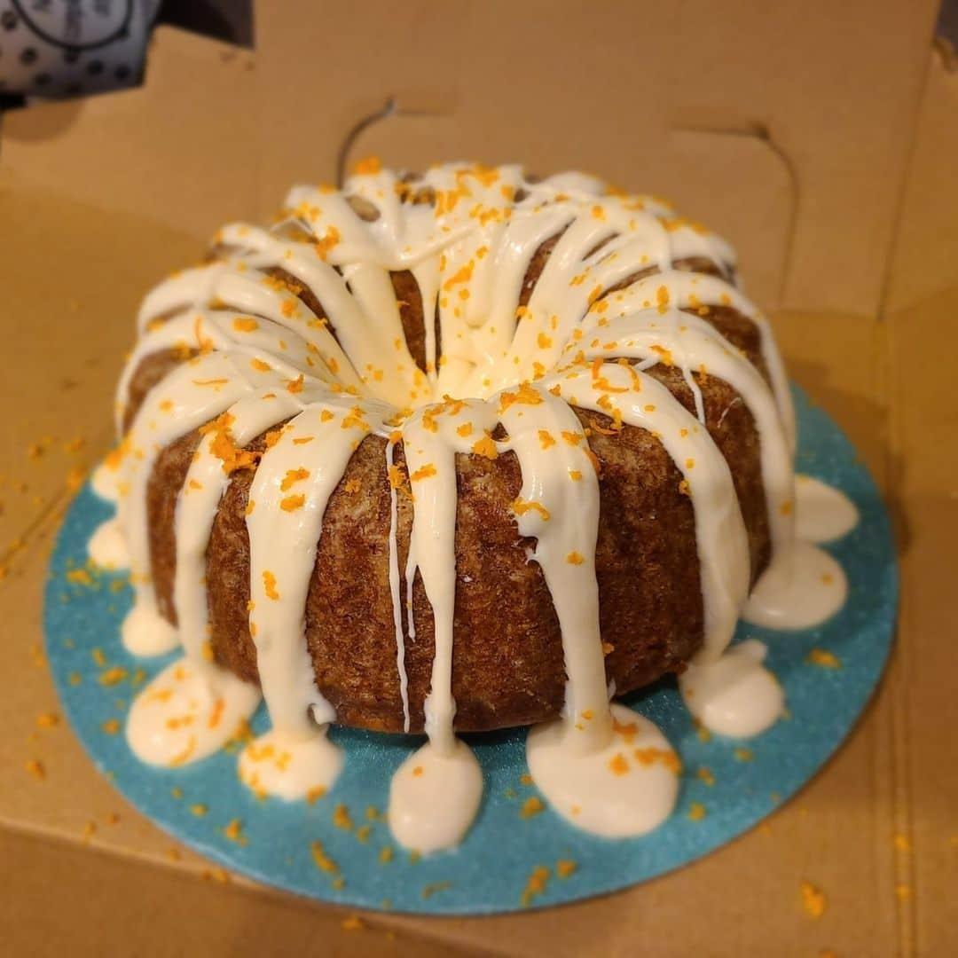 HUMMINGBIRD CAKE WITH ORANGE CREAM CHEESE ICING