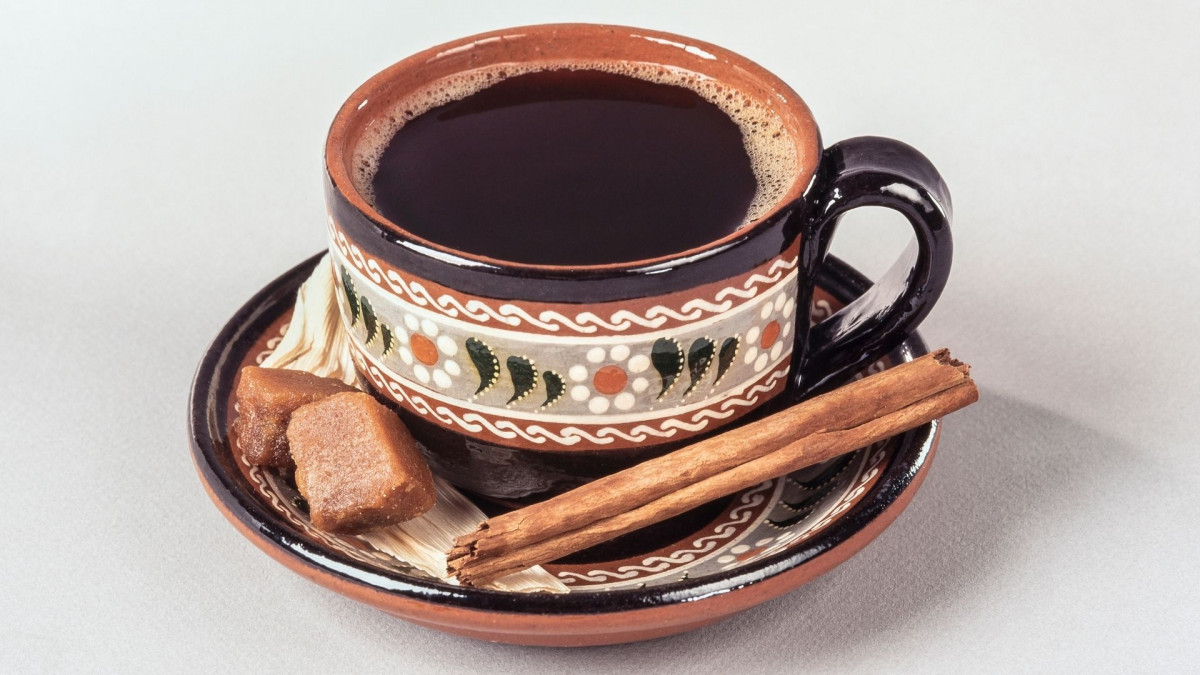 Mexican Coffee served with cinnamon