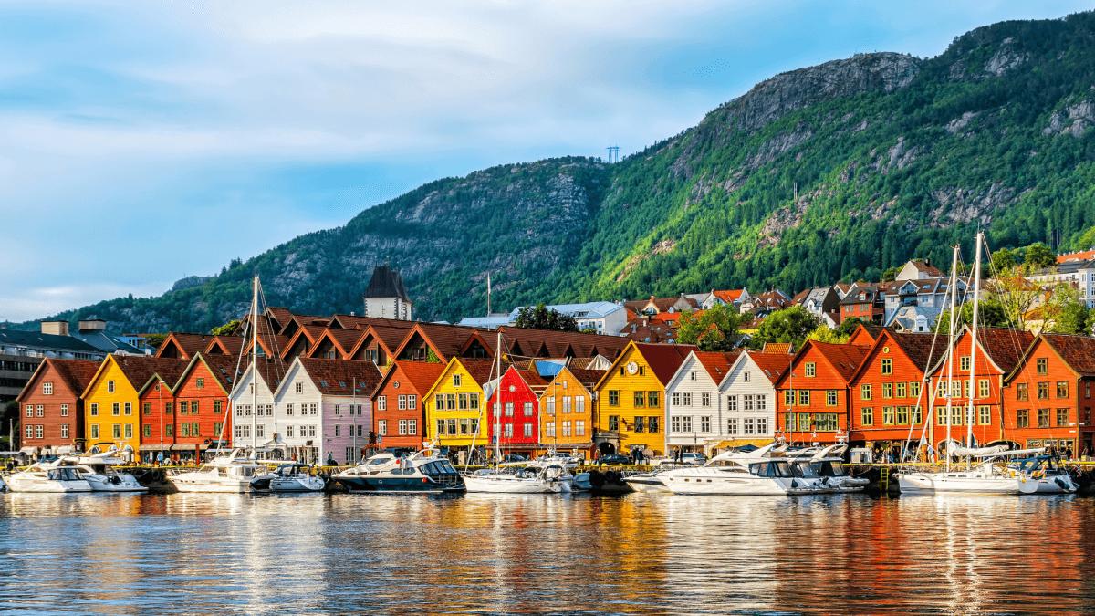 Walk like a Norwegian