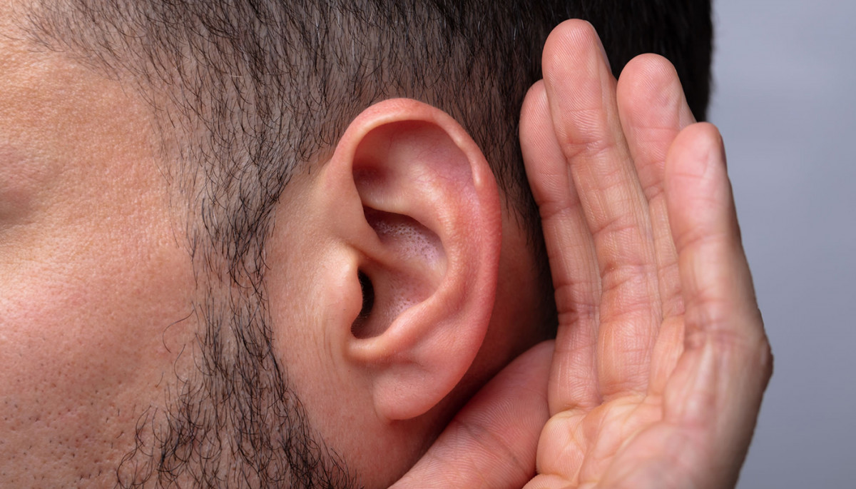 Ozone Ear Insufflation: Uses, Benefits, Side Effects, and How it's Done