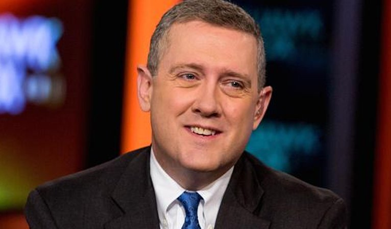 Fed's Bullard says Fed should proceed with tapering