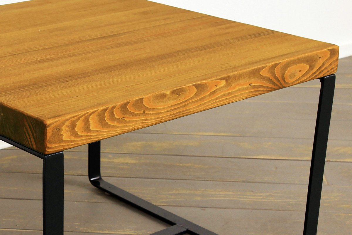 About Our Wood Grain and Hand-Rubbed Stains