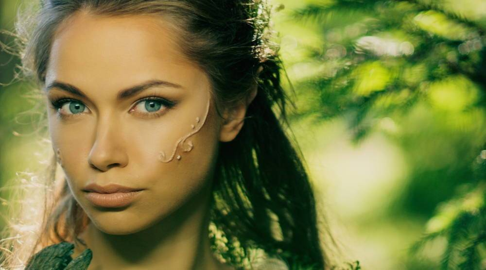 The Incredible Contact Lenses Series with Special Effects