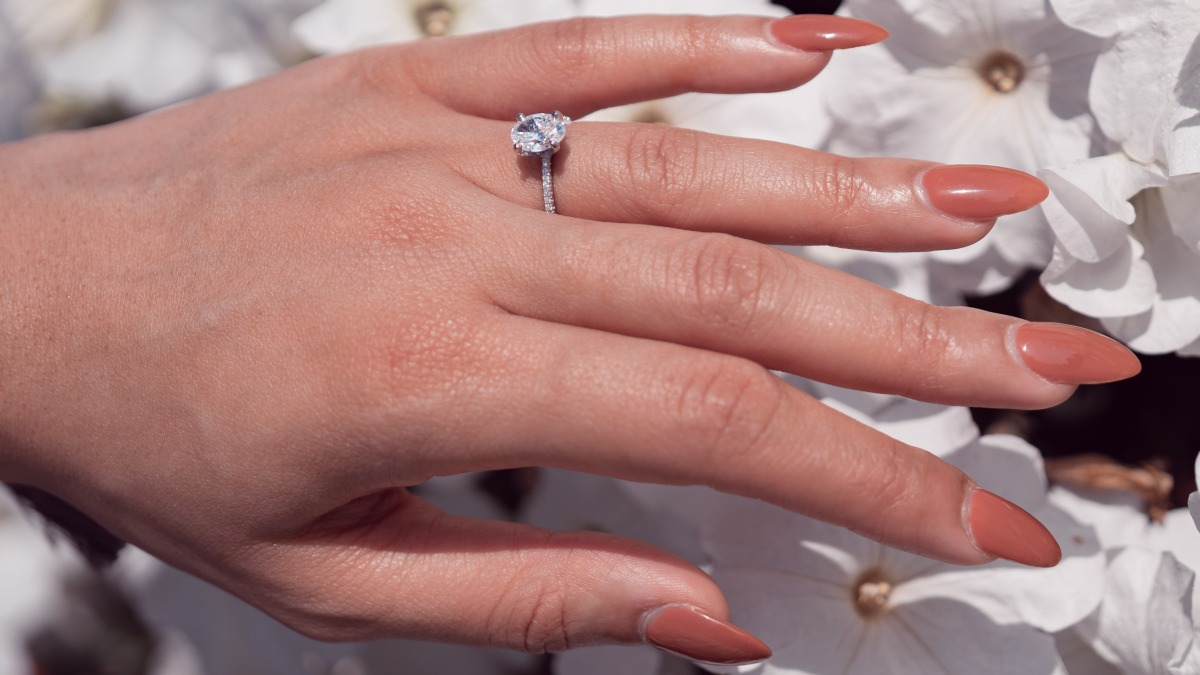 Why A Diamond Solitaire Engagement Ring Is The Right Choice For You