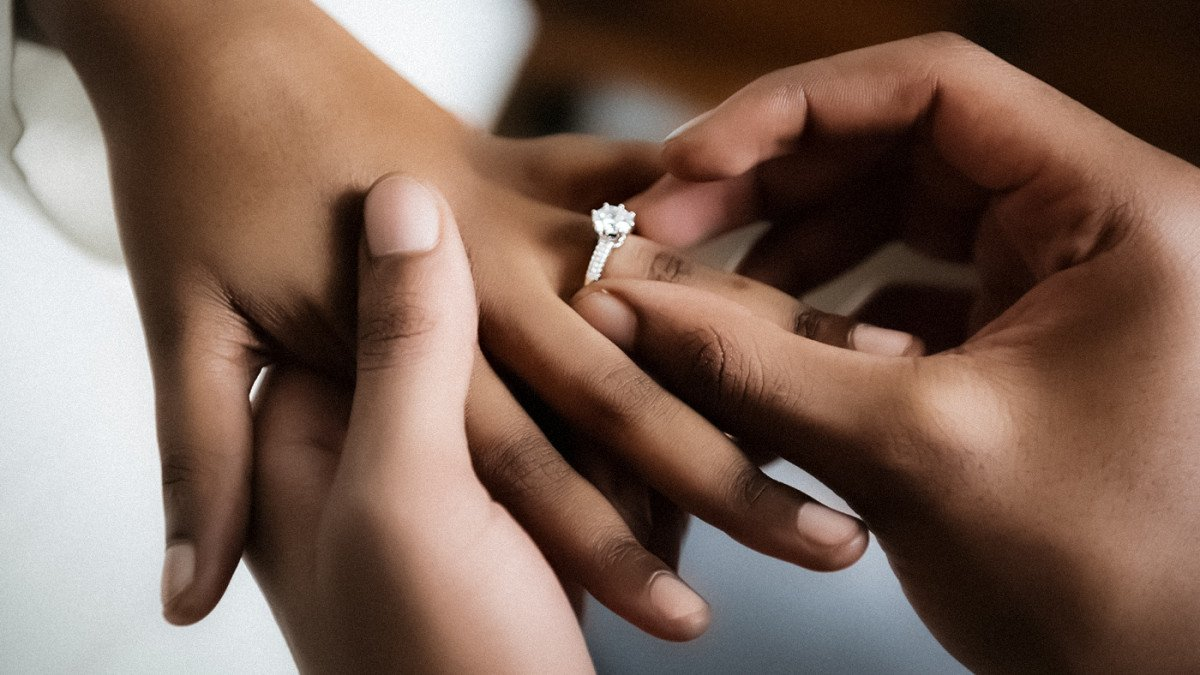 Engagement Rings - What To Look For In Your Perfect Ring?