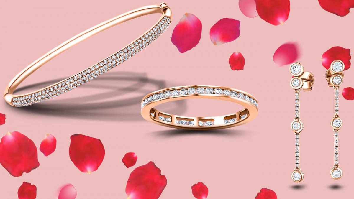 Make Valentine's Day Special With a Jewellery Gift
