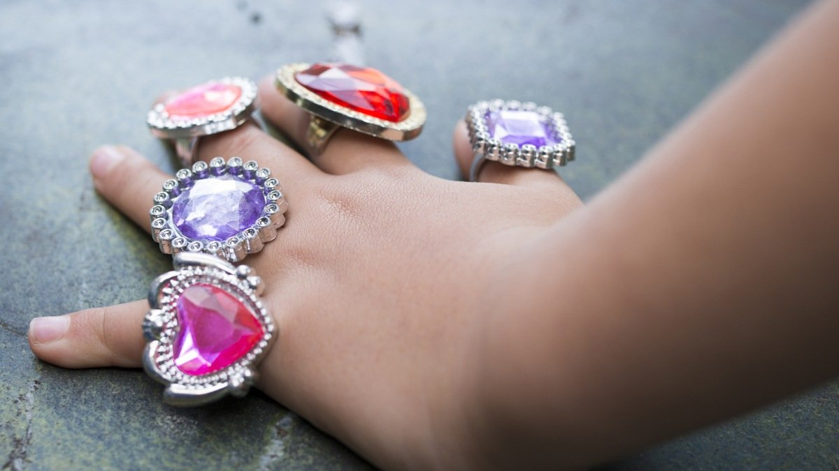 All About Celebrity Diamond Engagement Rings