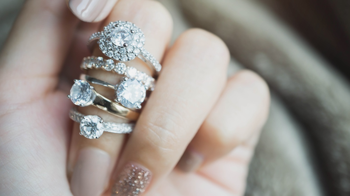 Diamond Ring FAQs - What You Need To Know About Diamond Rings