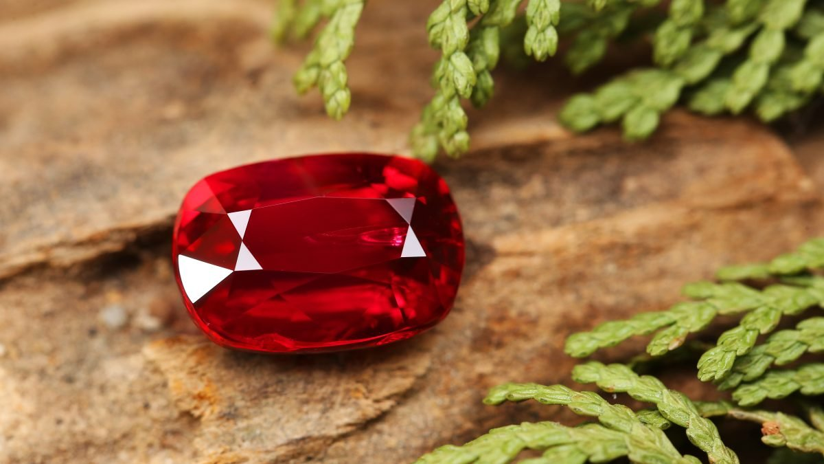 How To Wear Rubies - Why Are They Important In Jewellery