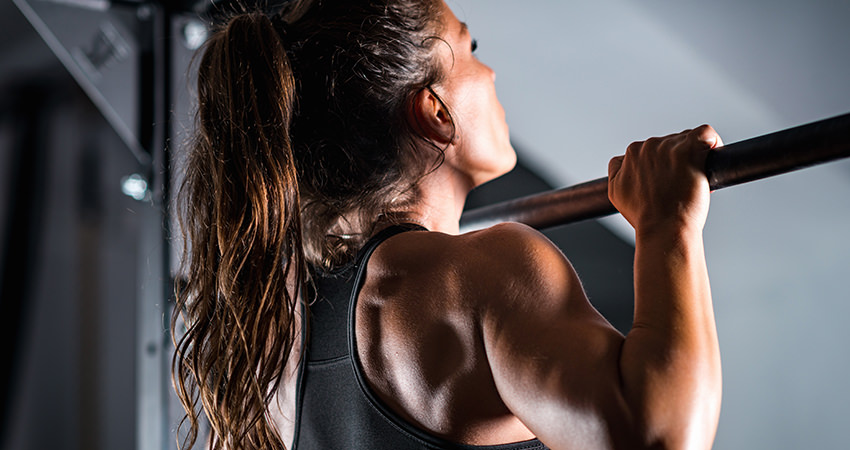 Wide-Grip vs. Close-Grip Pull-Ups: Hand Position and Muscle Development