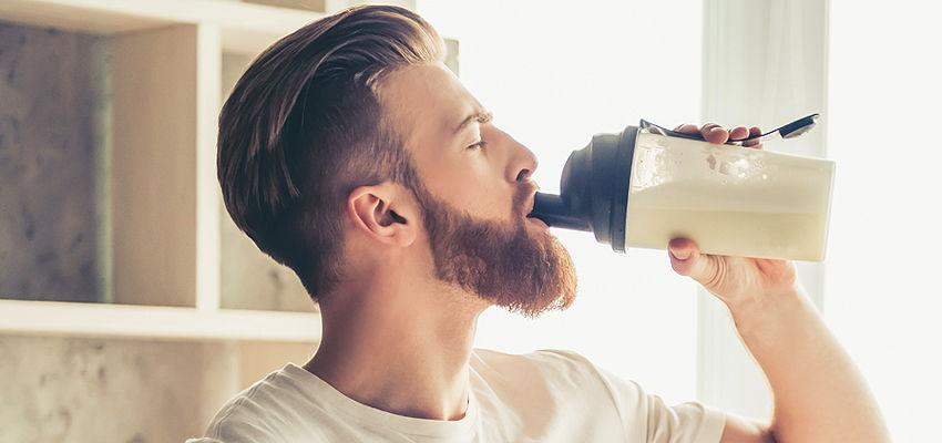 How long are protein shakes drinkable after mixing?