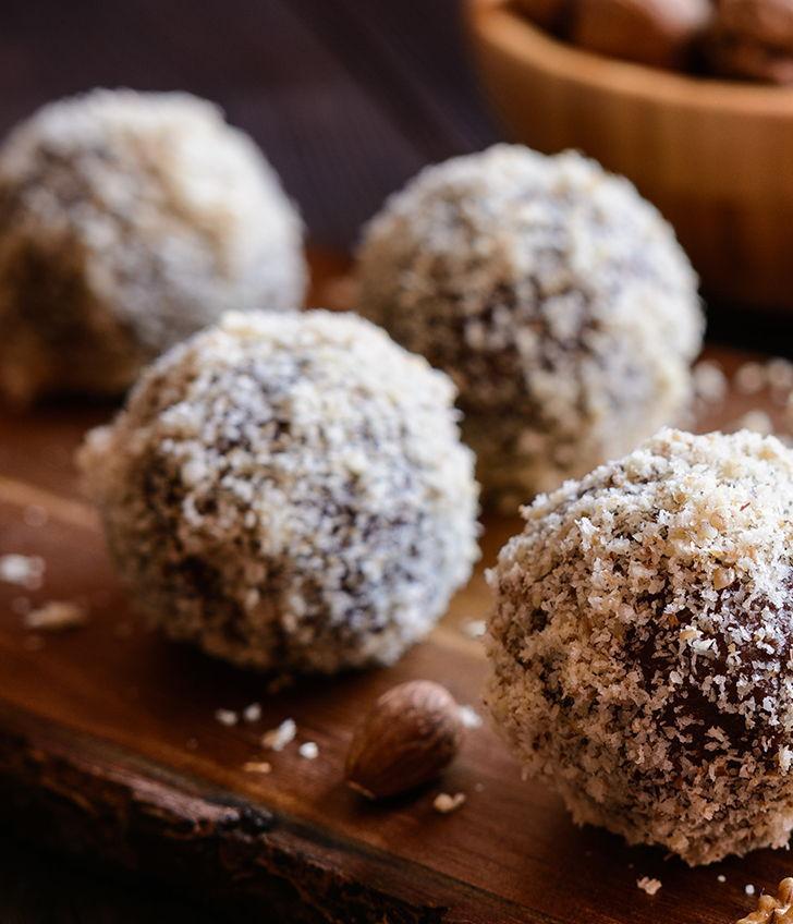 High Protein Almond Bites