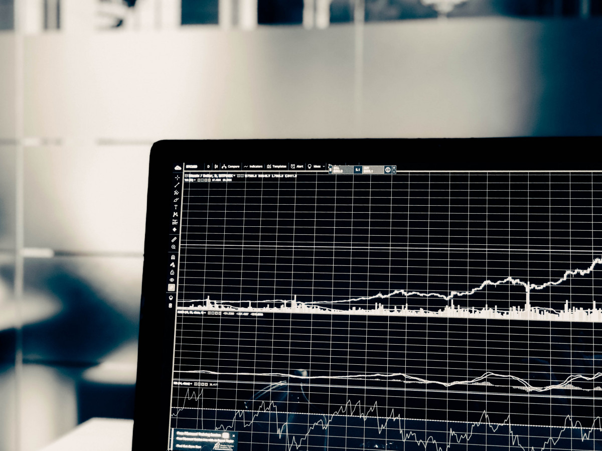 Data Discovery in Financial Services