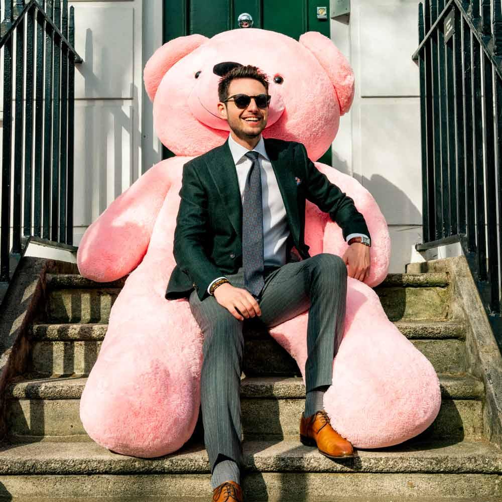 Teddy bear for him: Do guys like stuffed animals?