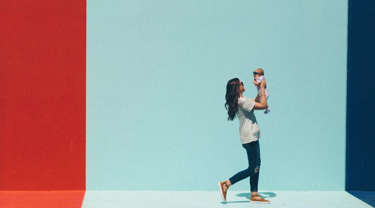 Drinking Alcohol and Breastfeeding: Is Moderation Okay?