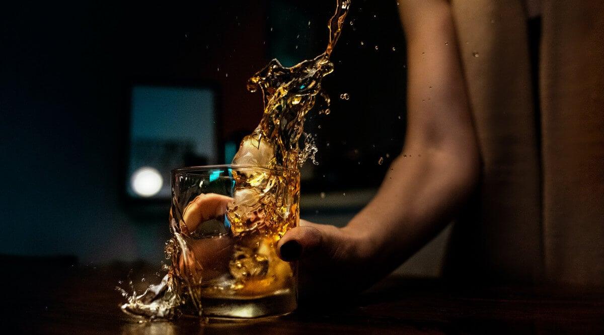 46 Best Non-Alcoholic Spirits for Sober Bars & Mocktails