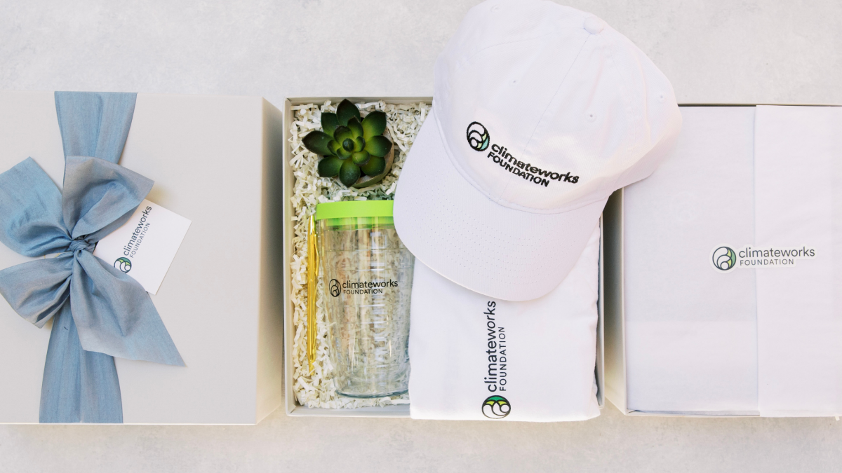 Corporate Gift Boxes for Employee Onboarding