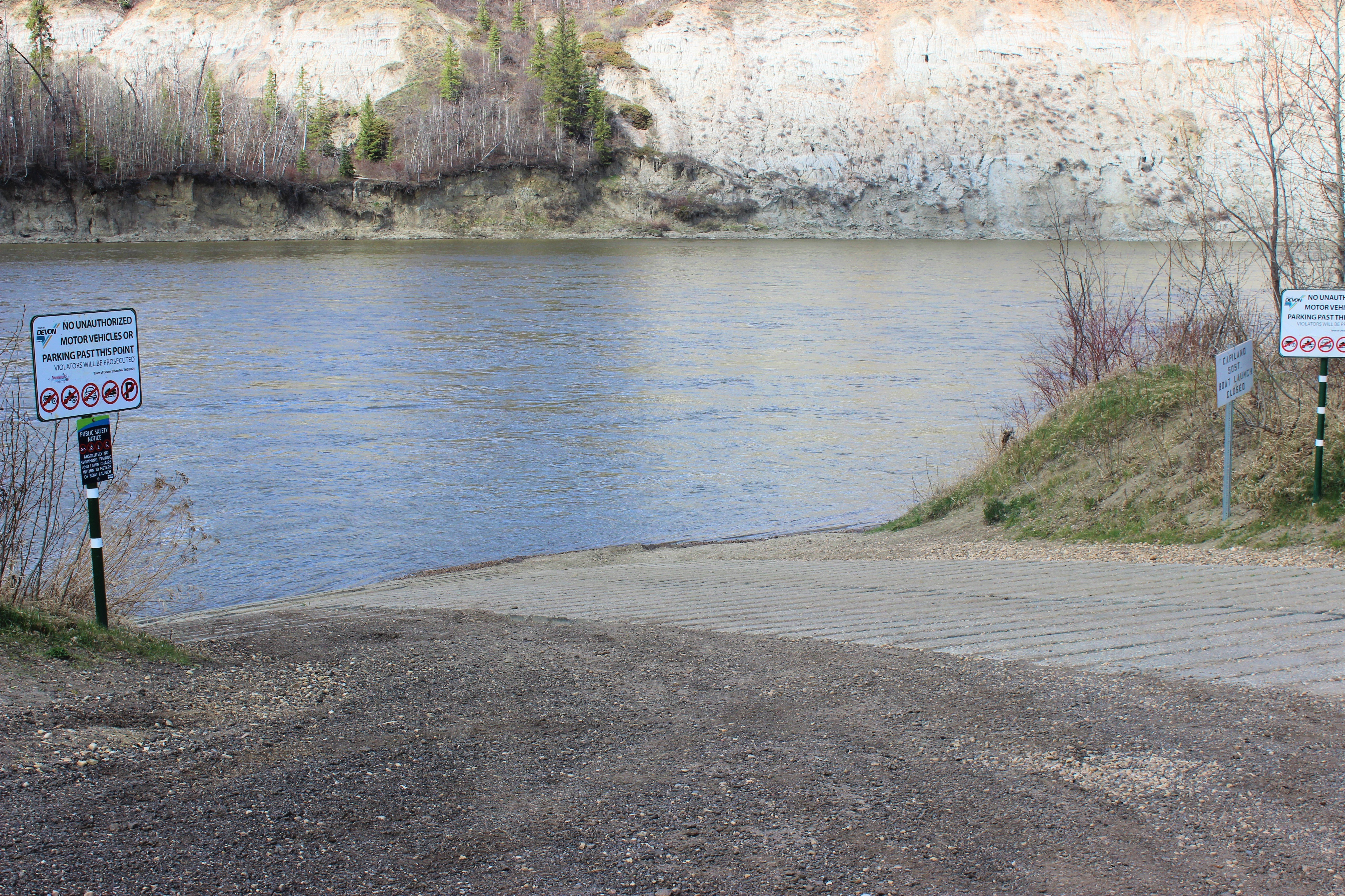 Where to Paddle on the North Saskatchewan River in & around Edmonton