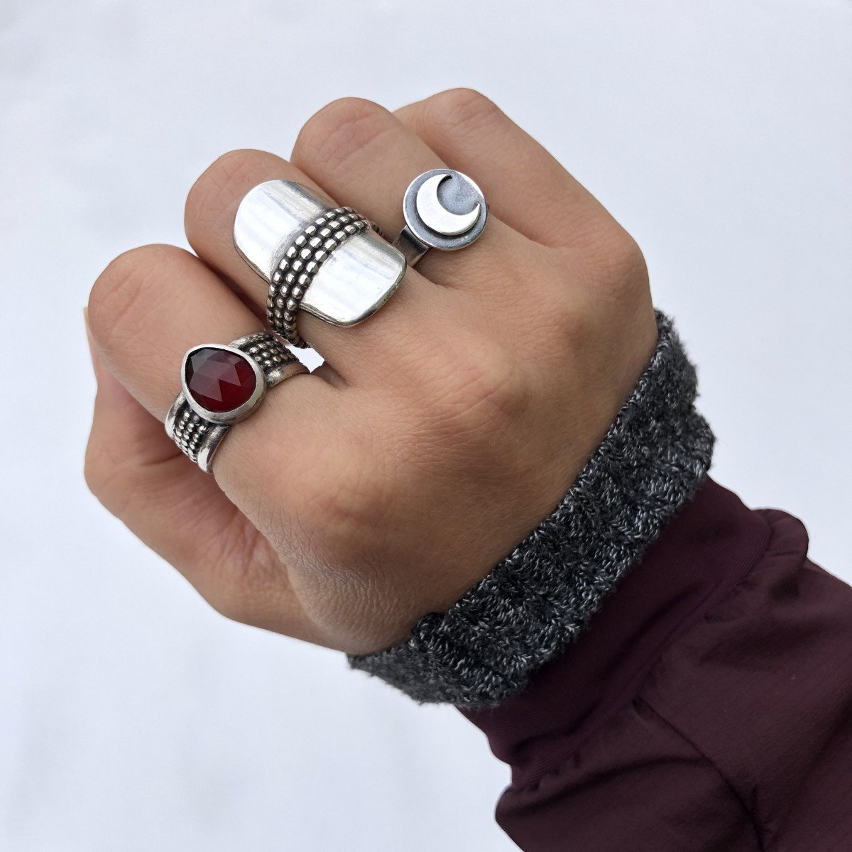6 Different Ways to Style Your Rings