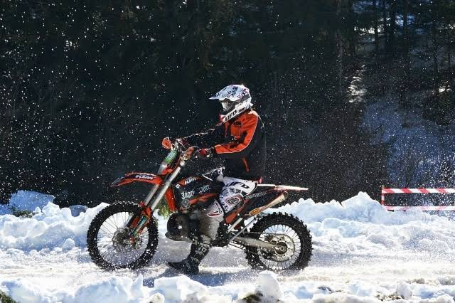 7 Tips For Choosing The Best Cold Weather Motorcycle Gear