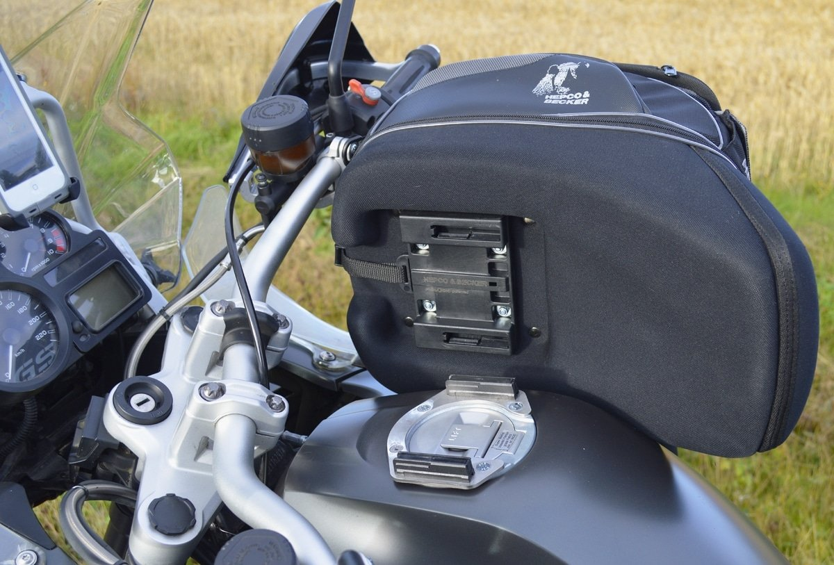 The best motorcycle tank bags (2021)