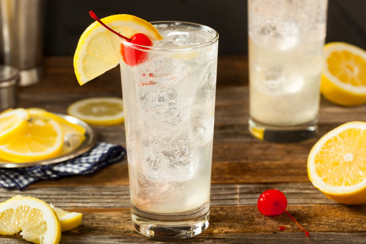 whiskey collins cocktail