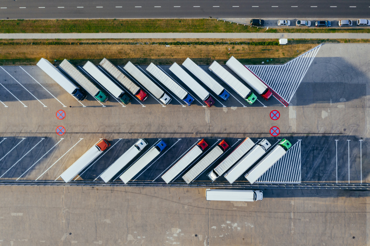 What does GPS Tracking Fleet Management look like in 2021