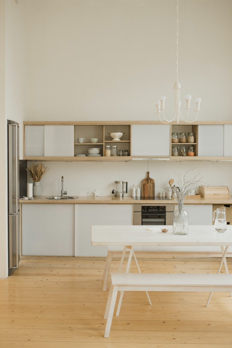 Low-Cost Interior Decorating Ideas For The Thrifty