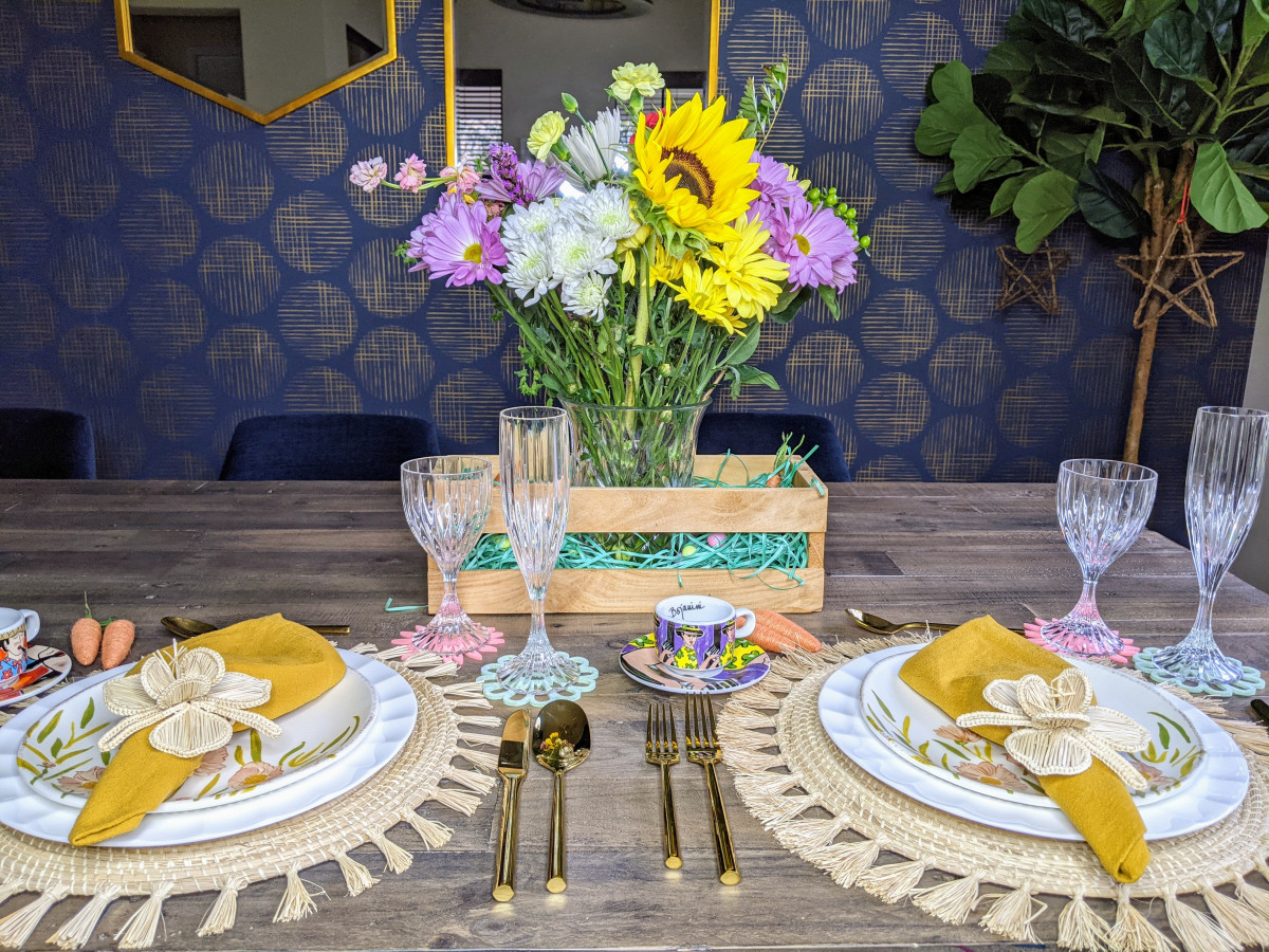 woven placemats in a tablescape